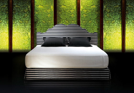 Sleeping Systems Collection Prestige | Headboard Versailles by Treca Interiors Paris