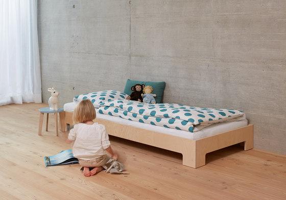Bett no2 von Blueroom