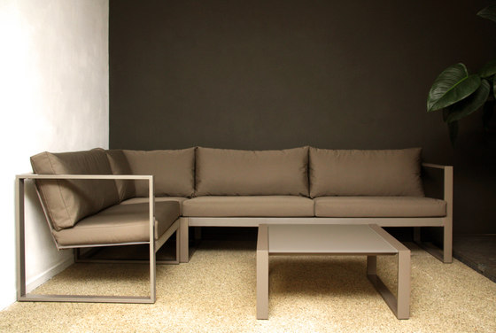 Cima Lounge Esquina Corner Unit by FueraDentro