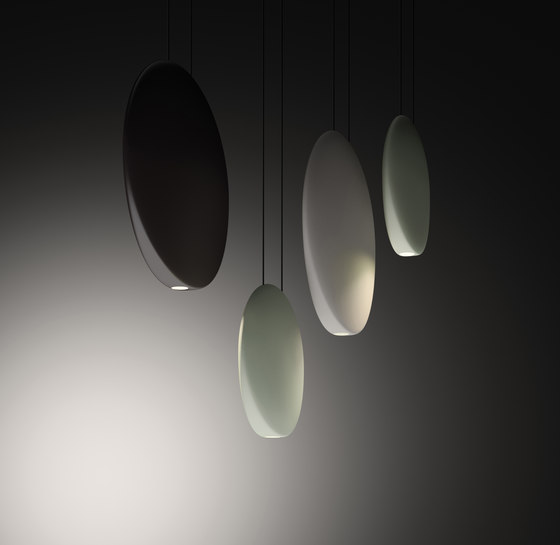 Cosmos 2511 Pendant lamp by Vibia