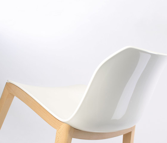 Kaori Chair WI by Accademia