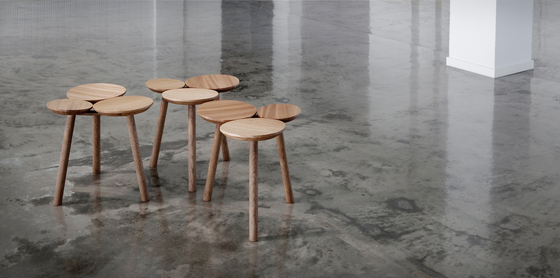 July Stool / Table von Nikari