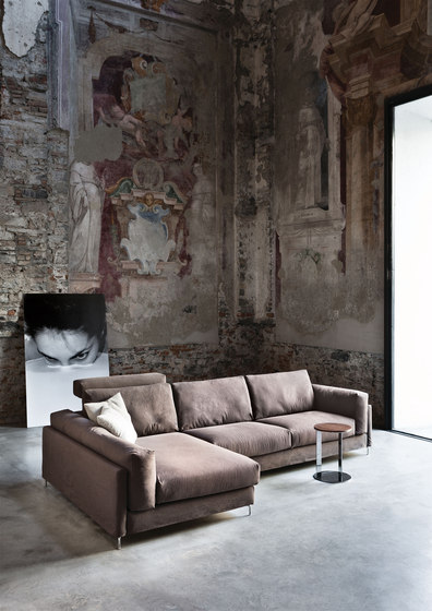 Free 375 Sofa by Vibieffe