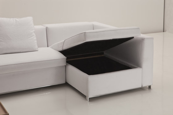 5200 Bel Air Bed by Vibieffe