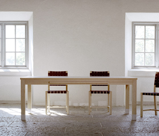 Sumo dining table by Olby Design