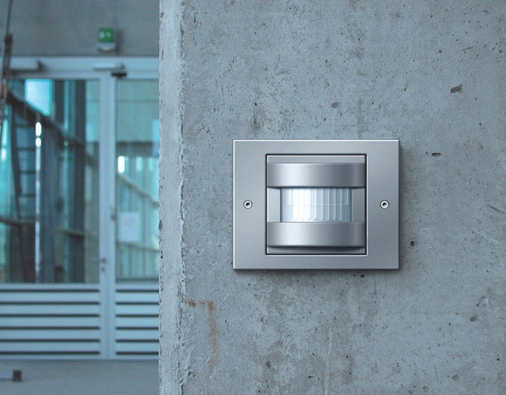 Automatic control switch | E2 by Gira