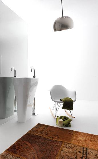 Auquatech urinal by Kerasan