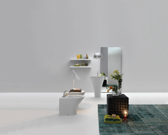 Aquatech bath tub by Kerasan