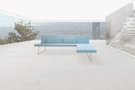 Slim Sofa by PIURIC
