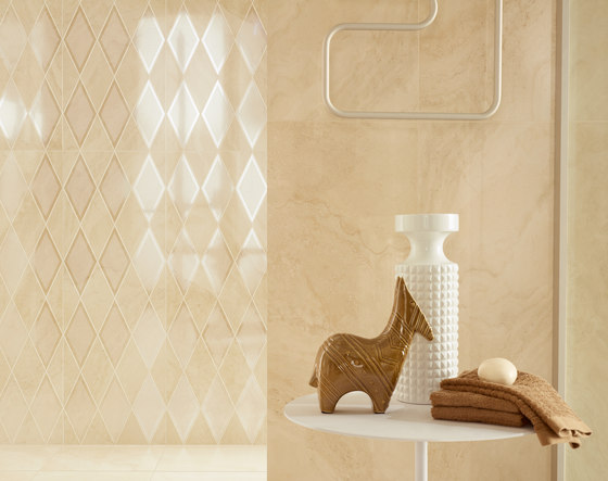 Athena | Decoro greca pulpis  (pulpis-travertino) by Lea Ceramiche