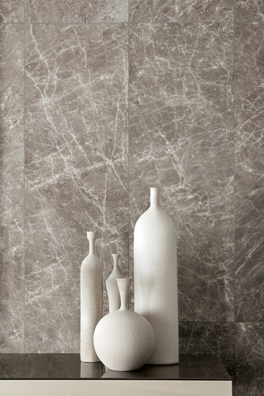 Kalos | Strip warm ivory by Lea Ceramiche