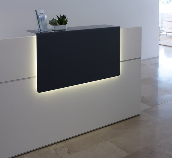 reception desk by Sedus Stoll