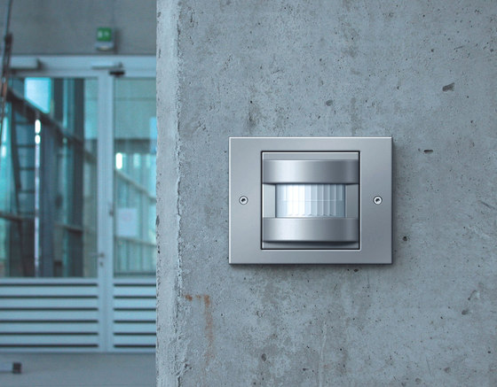 TX_44 | Door station by Gira