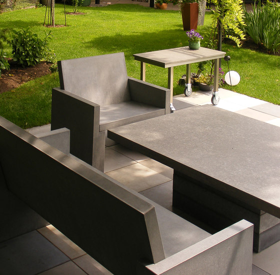 San Vito Concrete bench by OGGI Beton