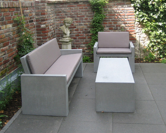 Messina Concrete bench by OGGI Beton