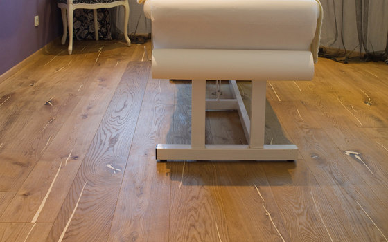 mafi Coral OAK wide-plank white. brushed | nature oil by mafi
