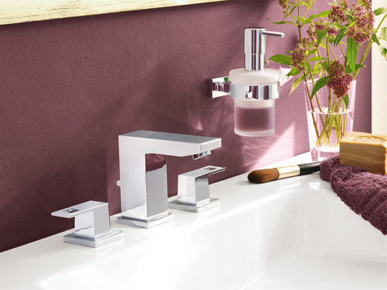 Eurocube Shower system for wall mounting by GROHE