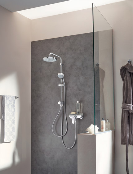 New Tempesta 100 Wall holder set 2 sprays by GROHE