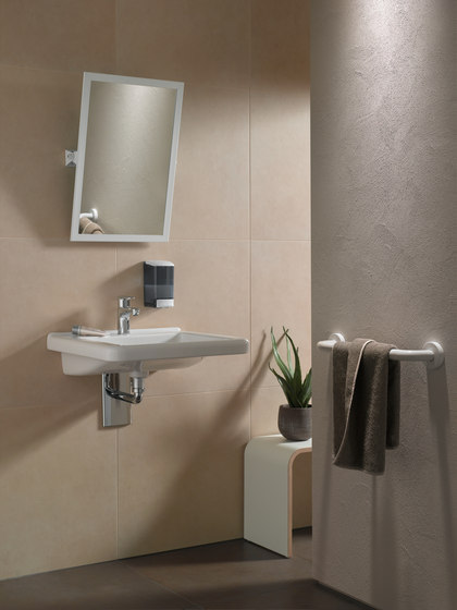 Adjustable mirror de Nordholm