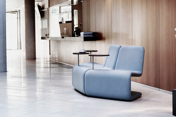 Urban Lounge table von Linde&Linde