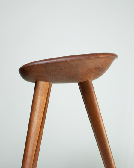 Tractor Stool de BassamFellows