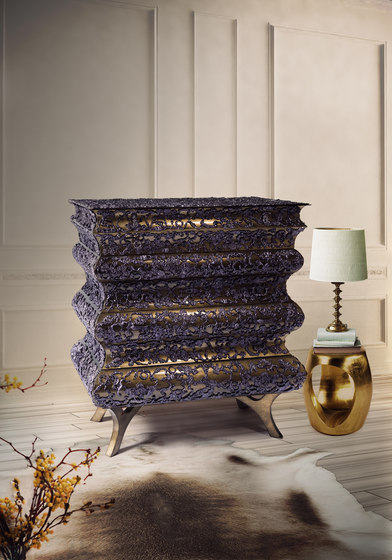 Crochet bedside table by Boca do lobo