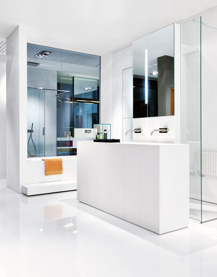 Modulo30 vanity units from makro architonic for Bathroom cabinets makro