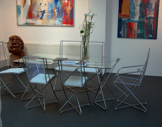 KSL 4.5 Triangular Table Racks high by Till Behrens Systeme