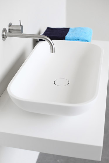 Box basin by Not Only White B.V.