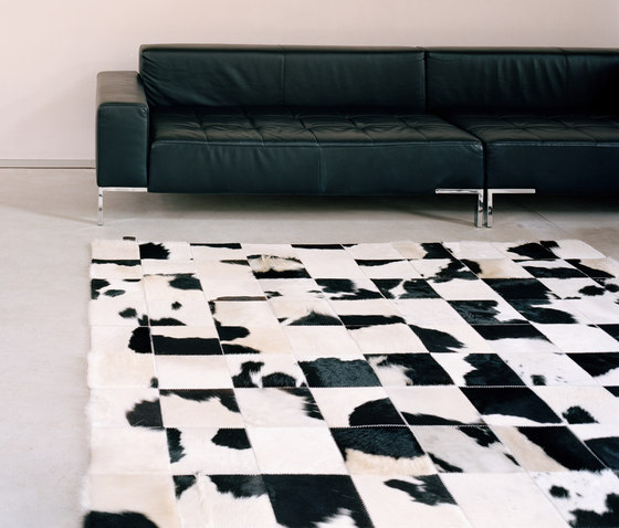 Cowhide di KURTH Manufaktur