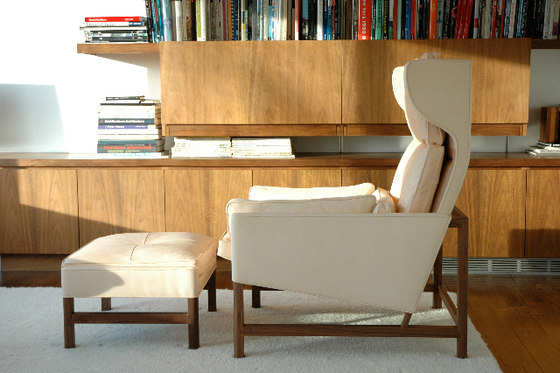 Wing Back Lounge Chair de BassamFellows
