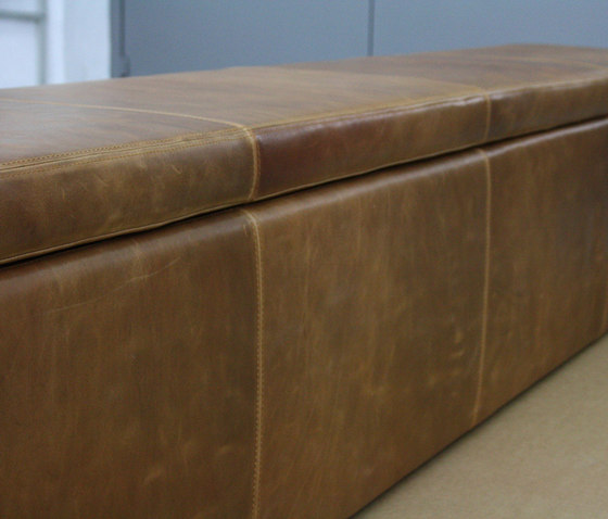 Leather couch de KURTH Manufaktur