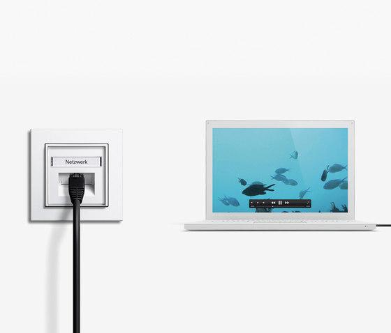 HomePlug AV-network connecting box   E2 by Gira