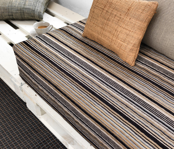 Stripes A-1122 | gris by Naturtex
