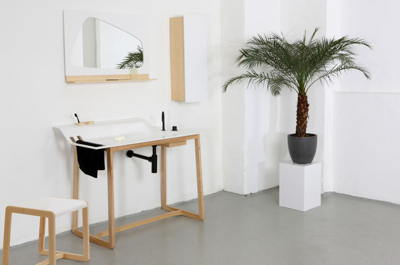 Private Space Hocker von ellenbergerdesign