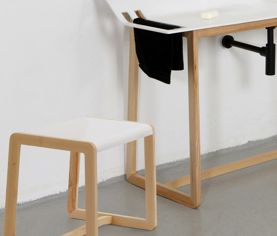 Private Space Stool de ellenbergerdesign