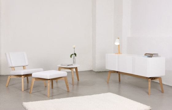 Private Space Polsterhocker von ellenbergerdesign