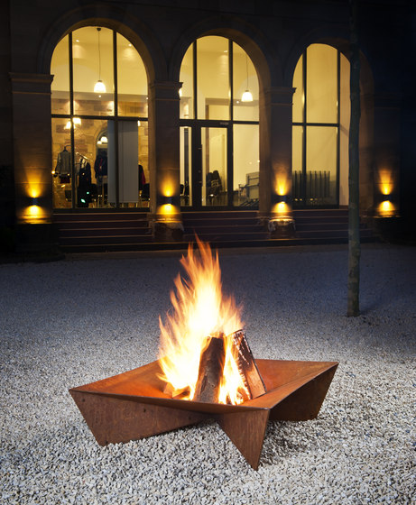 Fluxus Fireplace by keilbach