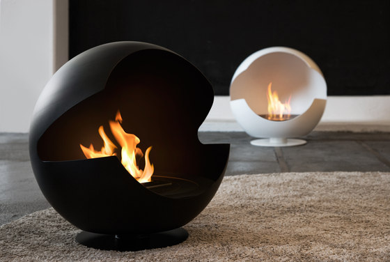 Globe metal black von Vauni Fire