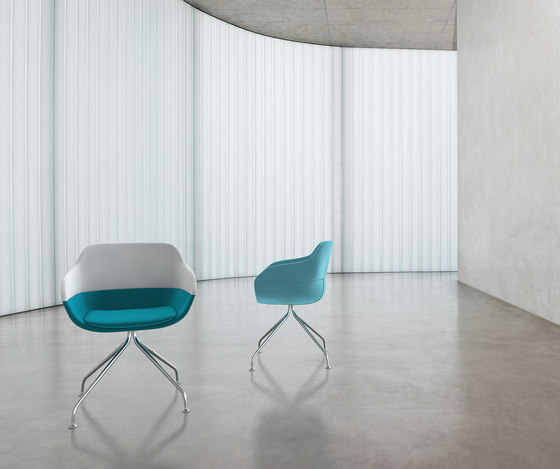 crona Chair 6373 di Brunner