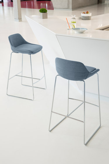 crona Chair 6373 de Brunner