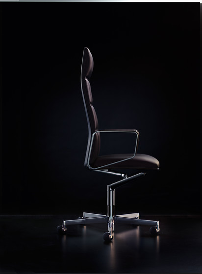 Leadchair by Walter Knoll