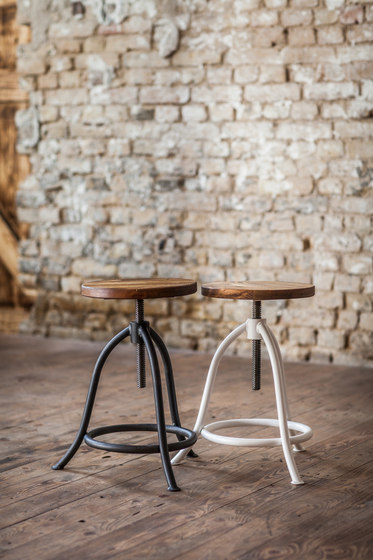 STOOL by Noodles Noodles & Noodles