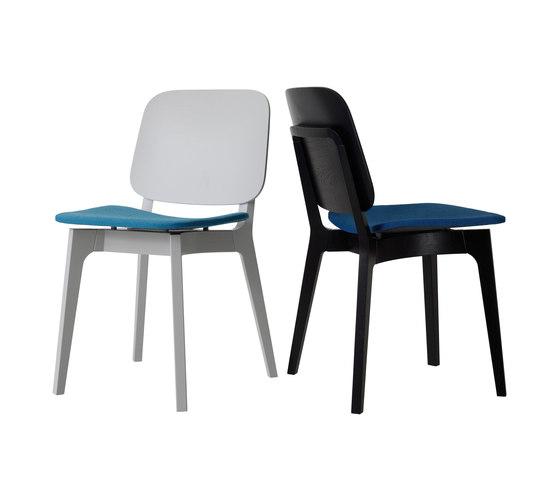 Röhsska chair by Swedese