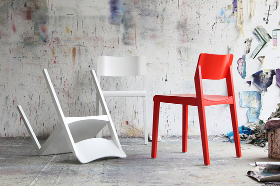 330 FST by Thonet
