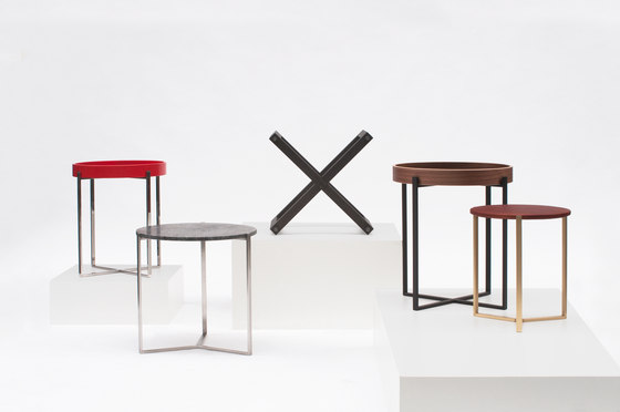 Pivot T78 Side Table di Ghyczy