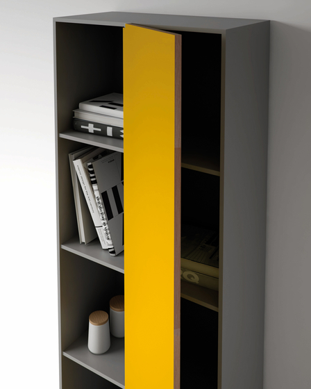 Flip shelf by ARLEX design