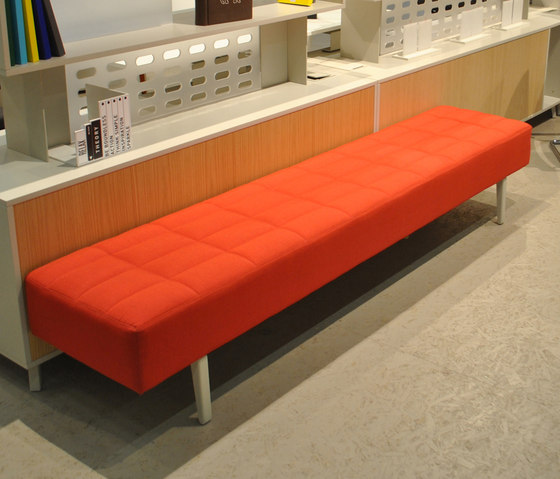 Greta Long Sofa de Nurus