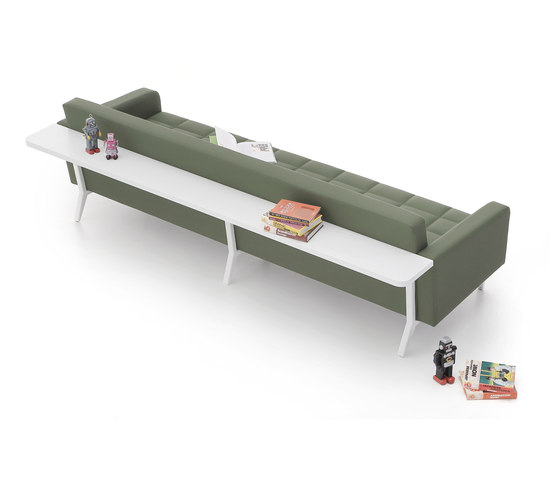 Greta Long Sofa di Nurus