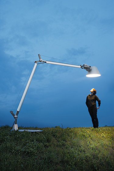 Tolomeo Outdoor Lampione Floor by Artemide Architectural